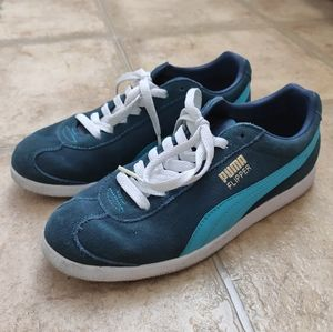 Women's Puma Blue Flipper Suede Sneakers